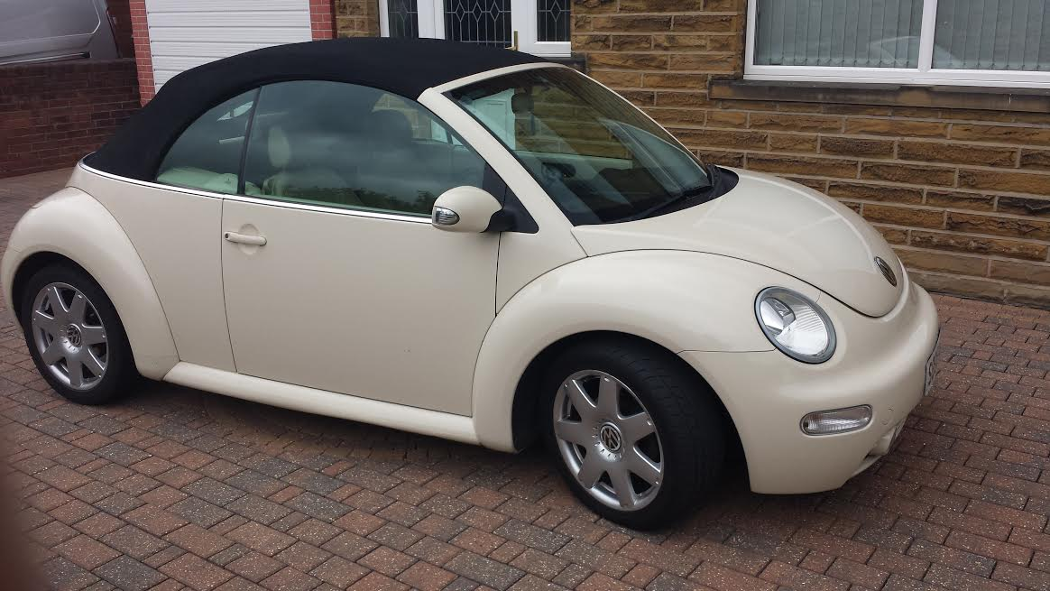 shape vw beetle cabriolet wedding car hire